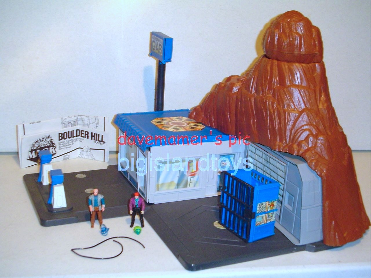 MASK Original Series   Boulder Hill Playset with Alex Sector and Buddie Hawks