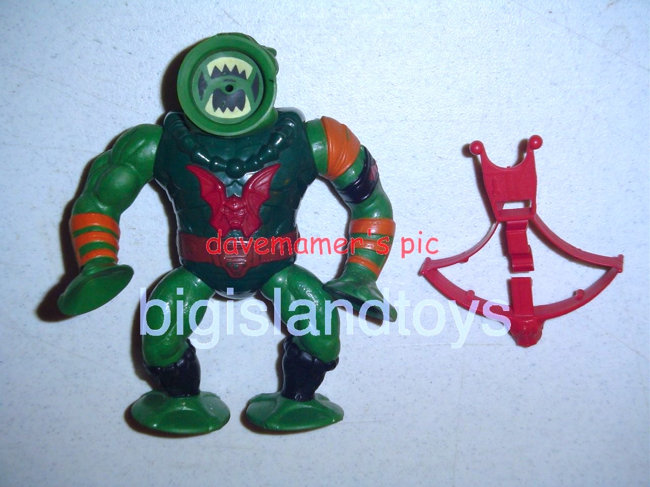 Masters of the Universe Series 4 1985   Leech Orange shoulder Red Bow