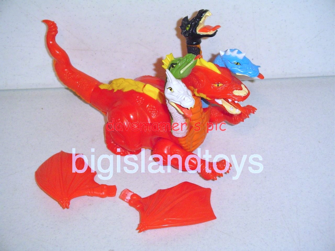 Advanced Dungeons & Dragons LJN Monsters and Playset   Tiamat Five-Headed Evil Dragon