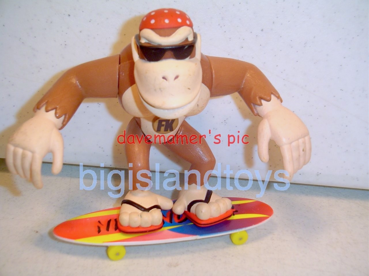 Donkey Kong    Surfin' Funky Kong