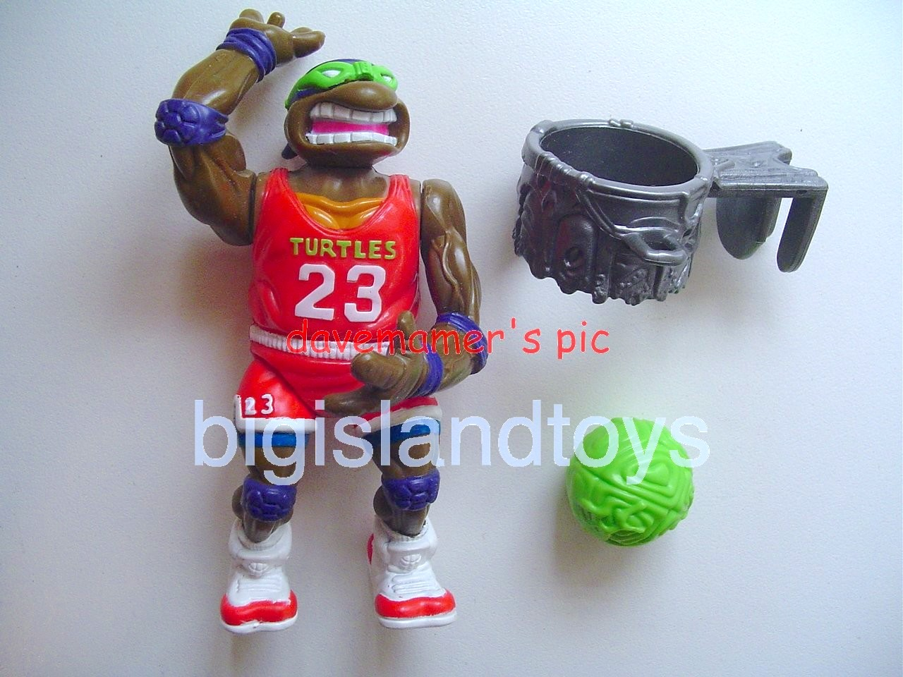 Teenage Mutant Ninja Turtles 1991 Figures   Slam Dunkin Don